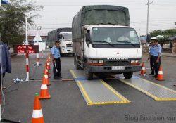 """Bình Định: Làm rõ vụ 2 xe tải """"lọt"""" bất thường qua trạm cân"""