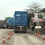 """Hải Phòng: Quán cơm """"bủa vây"""" trạm cân tải trọng xe"""