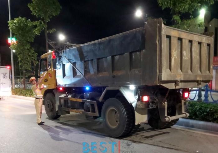 """[ATGT] Không """"vùng cấm"""" trong xử lý xe chở quá tải ở Quảng Ninh"""